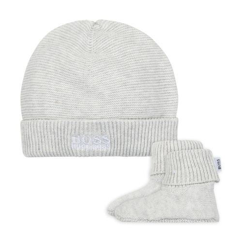 PULL ON HAT+SLIPPERS